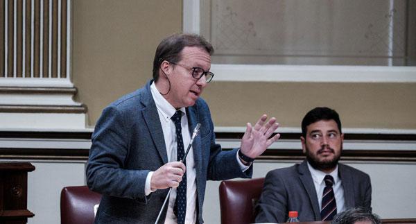 El PP exige a Torres el cese de la consejera de Sanidad